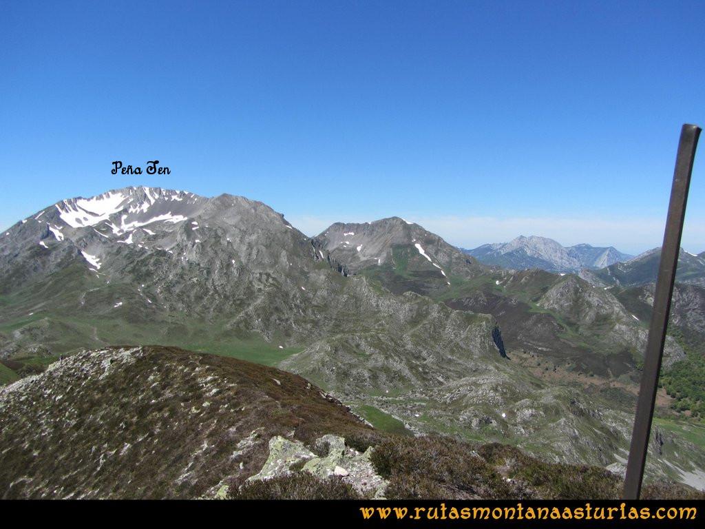 Transcantábrica Tarna-Ponga: Vista desde Peña Mora a Peña Ten
