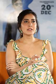 Actress Raashi Khanna Stills At Prati Roju Pandage Movie Interview