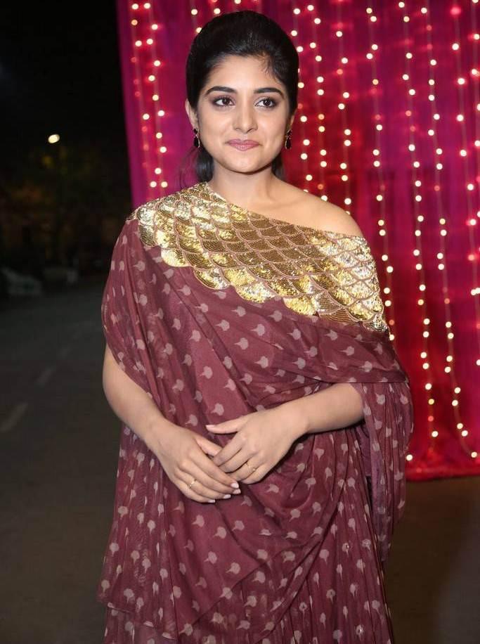 Niveda Thomas At Zee Telugu Apsara Awards 2017 In Maroon Dress