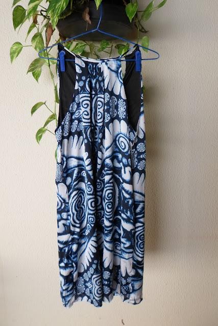 Vestido estampado Patricia Foster indiano abstrato tribal