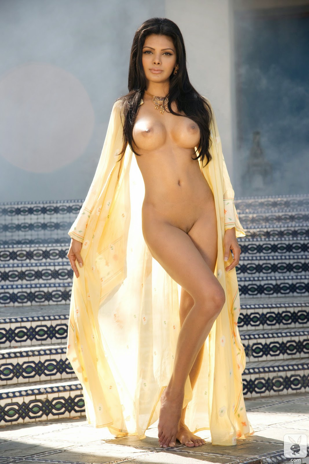 hot mona chopra nude