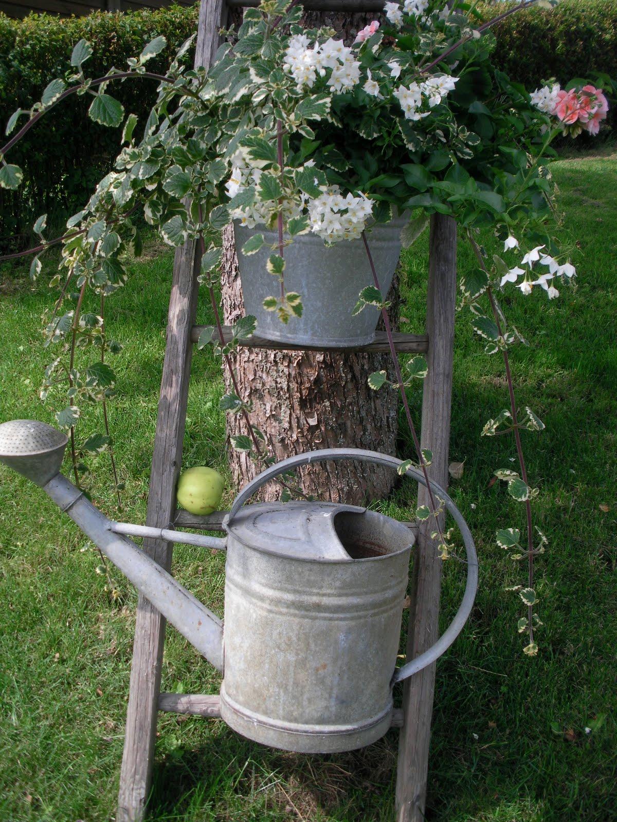 Schön Holzleiter Deko Garten Ideen