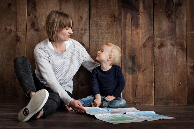 كيفية التعامل مع بكاء طفلك دون أربعة أعوام