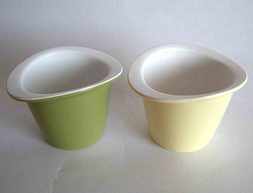 pastel 1959 egg cups