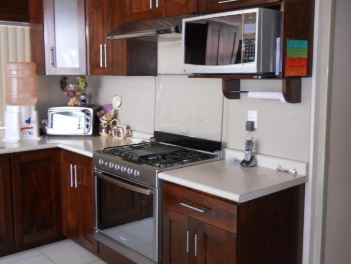 Gambar Desain interior dapur dengan konsep yang minimalis Terbaru
