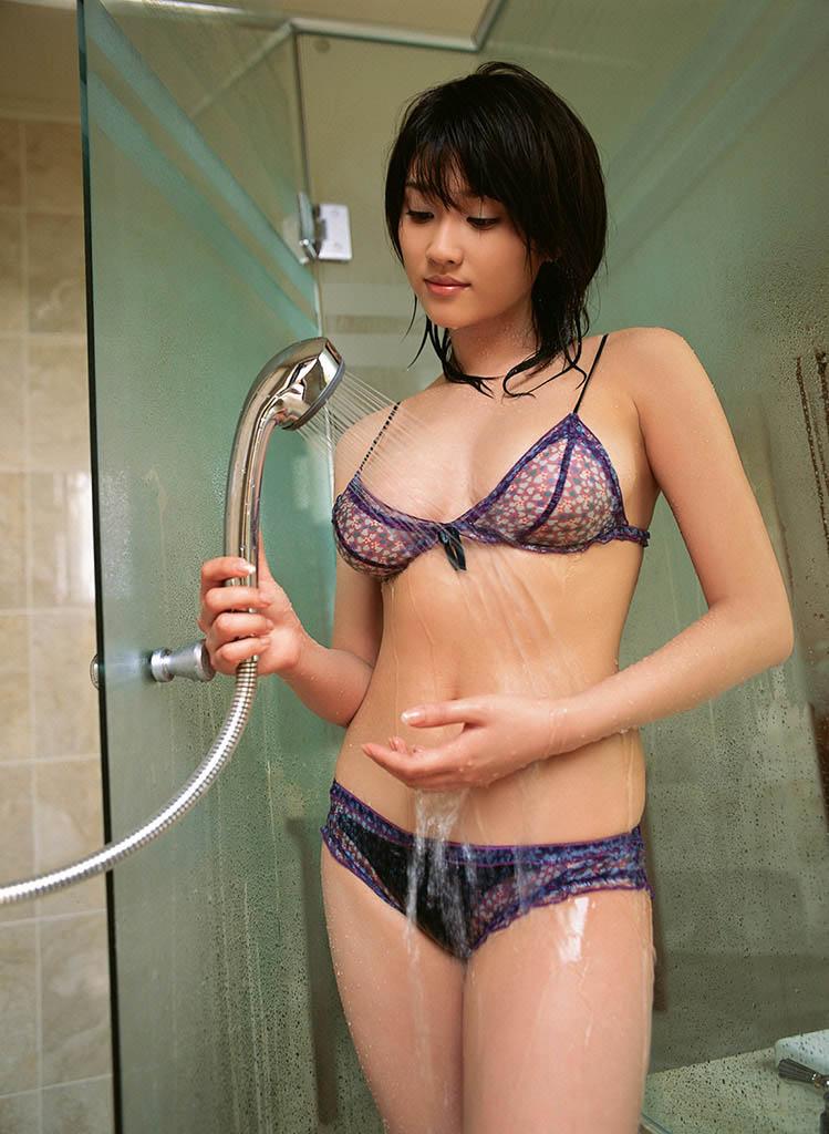 mikie hara sexy bikii pics 02