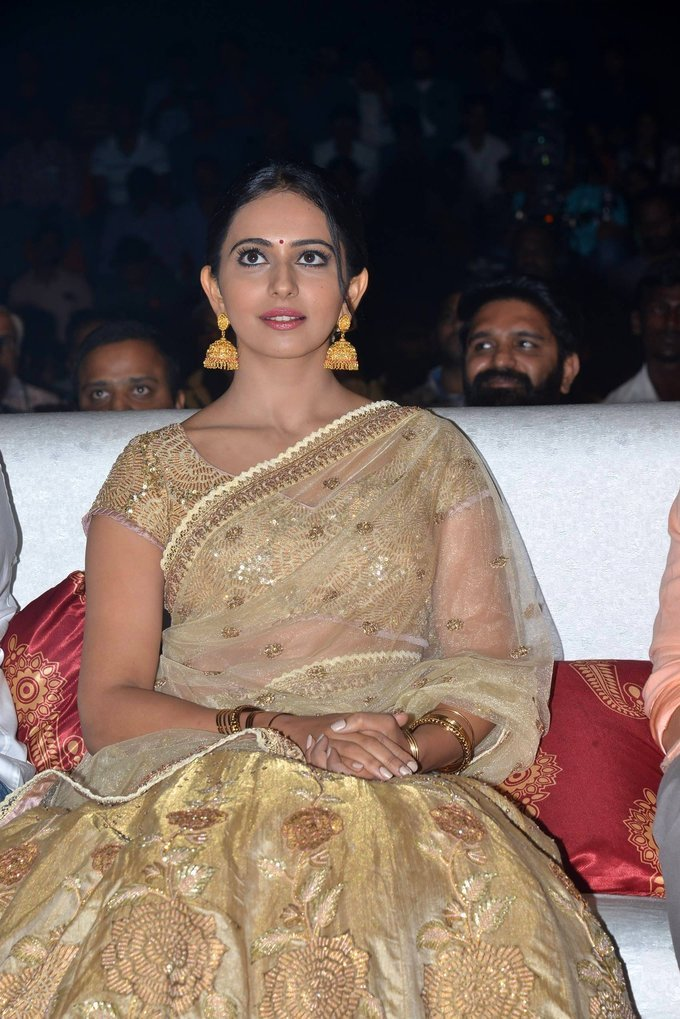 Hyderabadi Girl Rakul Preet Singh In White Lehenga Voni At Audio Launch