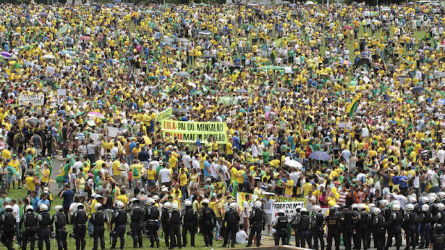 Mais de 150 mil patriotas devem acompanhar votação do impeachment no DF