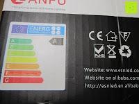 Energieklasse: JEKING 3-er Würfel Acryl Warmweiße LED Deckenlampe (2700-3200k) für Schlafzimmer&Esszimmer Aluminium Leuchtmittel 15W / CE Zertifizierung / 37.1 x 11.4 x 15.5 cm / 230V AC / IP 20 [Energieklasse A++] [Energieklasse A++]