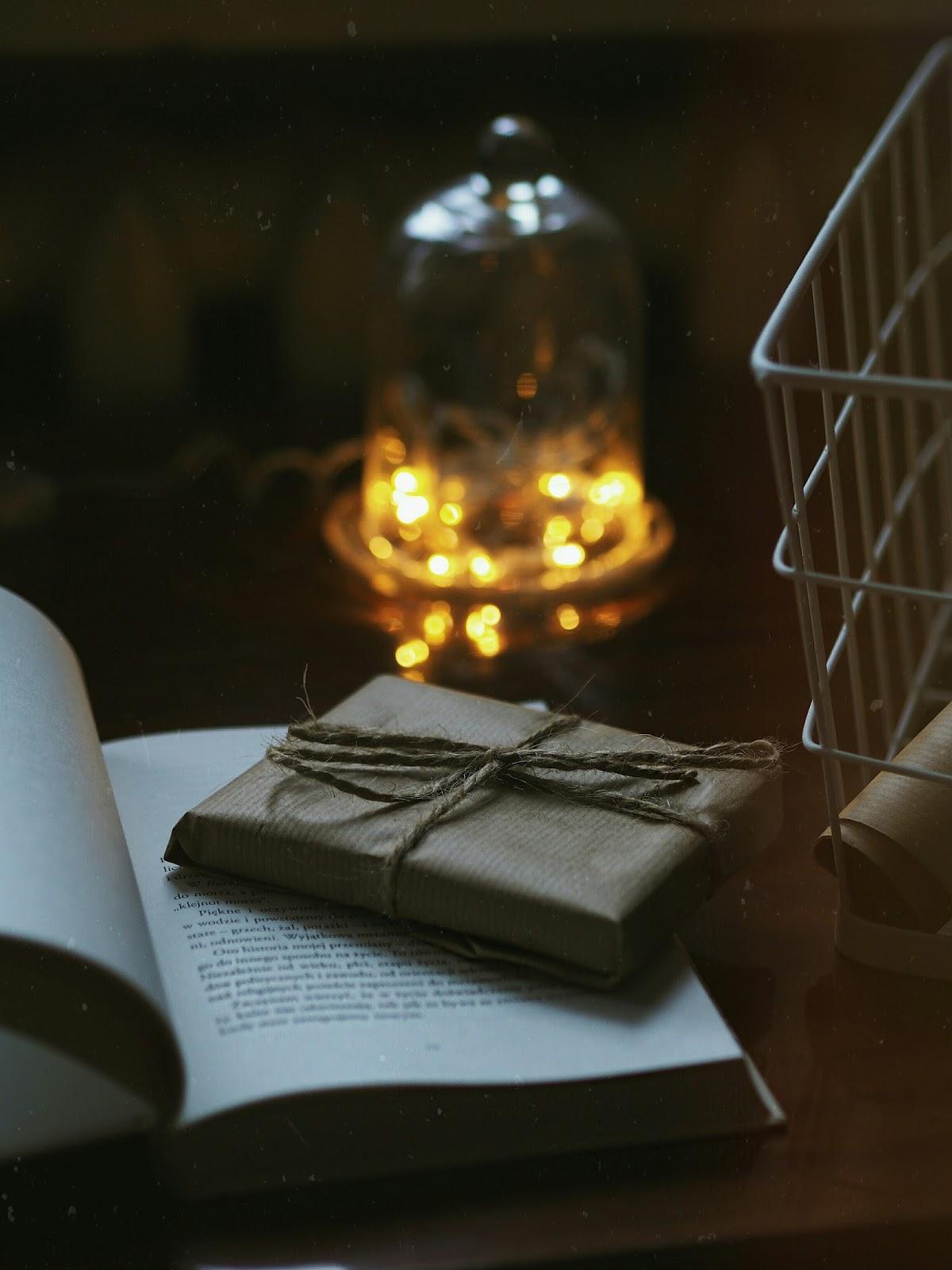 Blog Ekstrawagancka Lifestyle Laptop Świece Blogger Prezent Święta