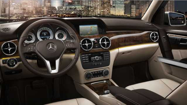 2016 Mercedes GLK Interior Design