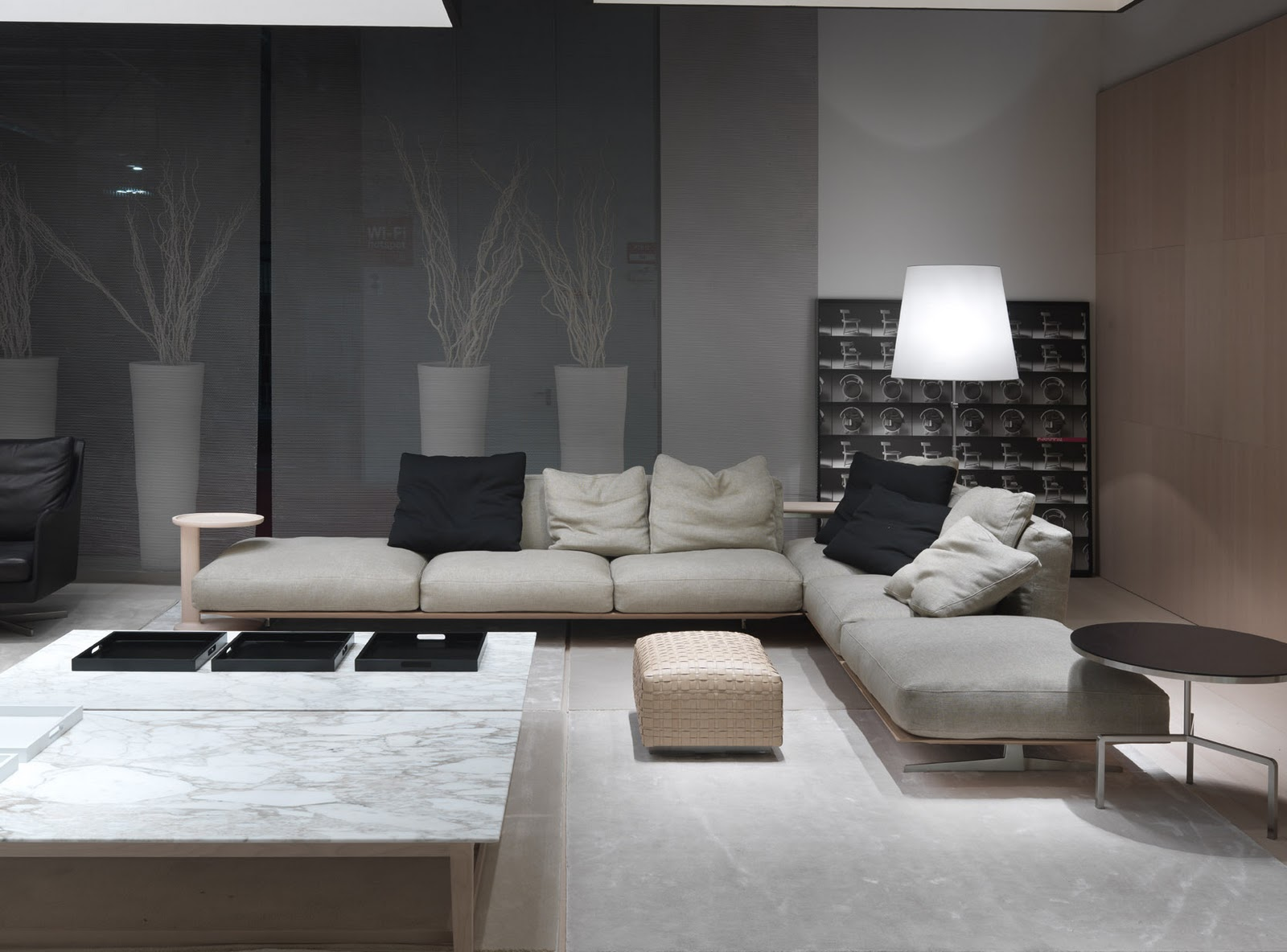 Dzine check out the latest additions to our showroom for Mornata arredamenti milano