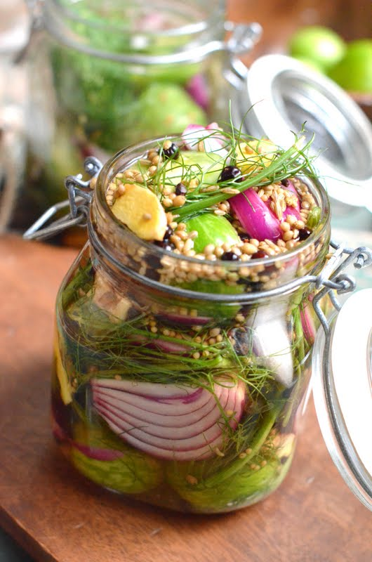 Red Wine Vinegar Heirloom Green Tomato Pickles