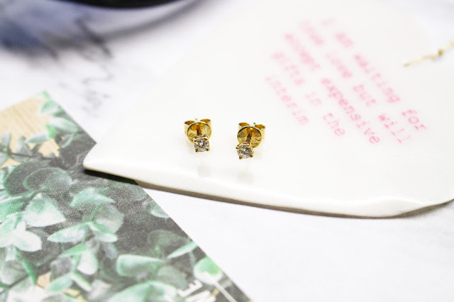 tresor paris blog review, tresor paris earrings, tresor paris review, tresor paris discount code, tresor paris haul, tresor paris discount, tresor paris shop, SOLITAIRE DIAMOND STUDS IN 18CT YELLOW GOLD