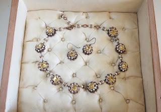 historical jewelry, rhinestone jewelry in vintage style, handmade in Estonia
