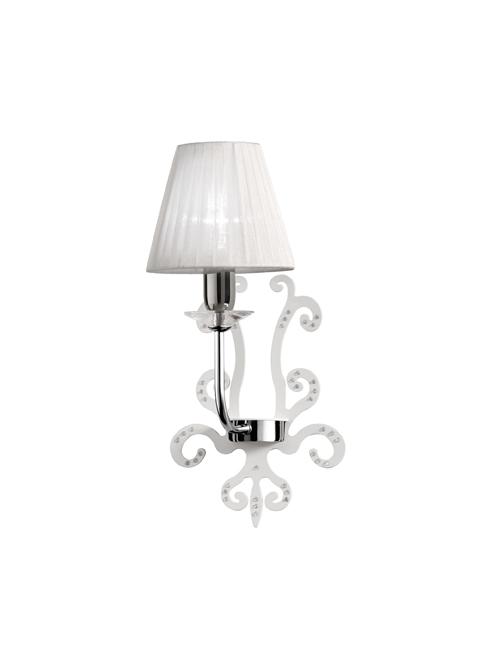 Lampadari moderni e di design soluzioni per l for Lampadari per camera da letto classica