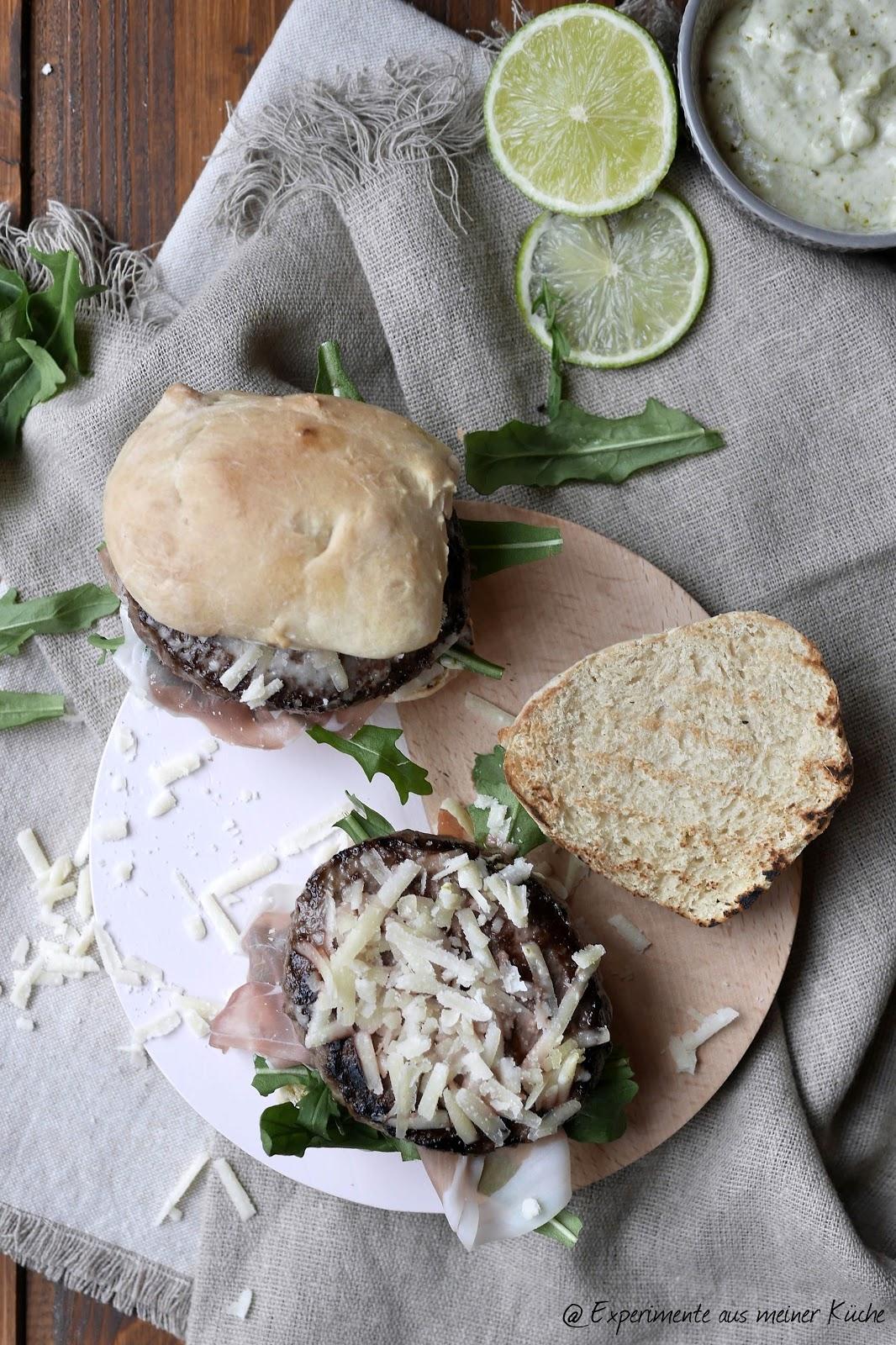 experimente aus meiner k che ciabatta wagyu burger mit pesto limetten mayo. Black Bedroom Furniture Sets. Home Design Ideas