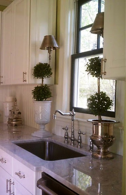 Ciao! Newport Beach: Lovely Kitchen Windows