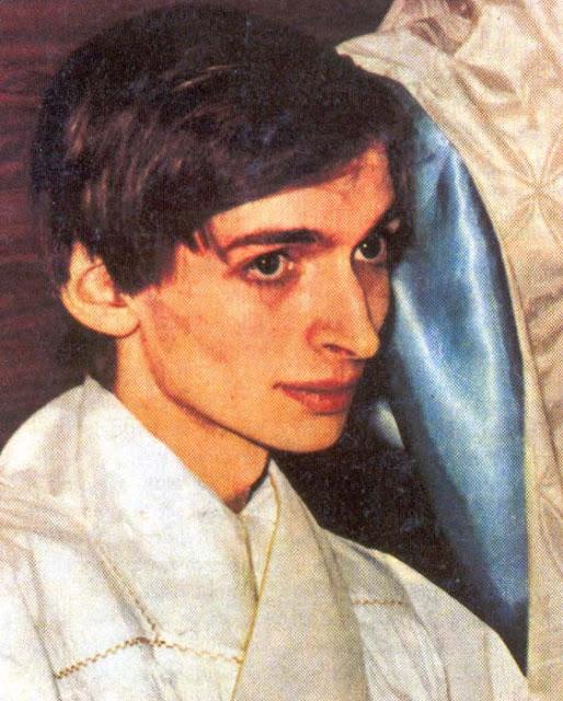 O jovem padre que foi ordenado aos 19 anos de idade