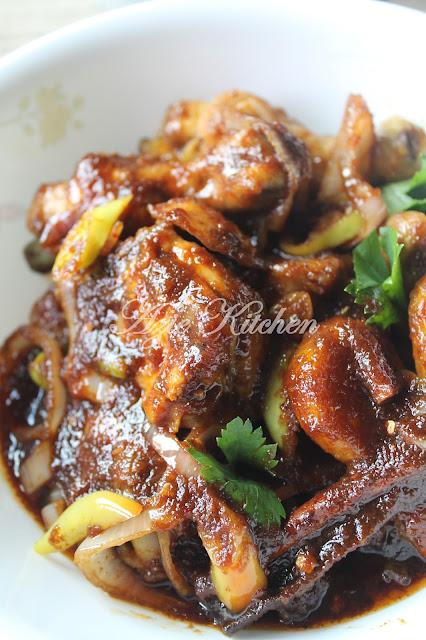 Ayam Masak Kicap Pedas Yang Sedap