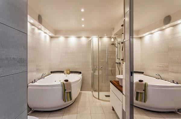 Banheiro de luxo da duplex