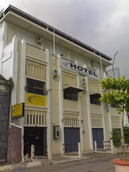 Banyak Digunakan Menginap Oleh Para Backpacker Lokasi Hotel Di Depan Stasiun Tawang Tepatnya Seberang Polder HOTEL PELANGI INDAH SEMARANG KOTA