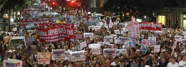 Argentina está passada com os abusos de Kirchner e sua esquerdista equipe de governo