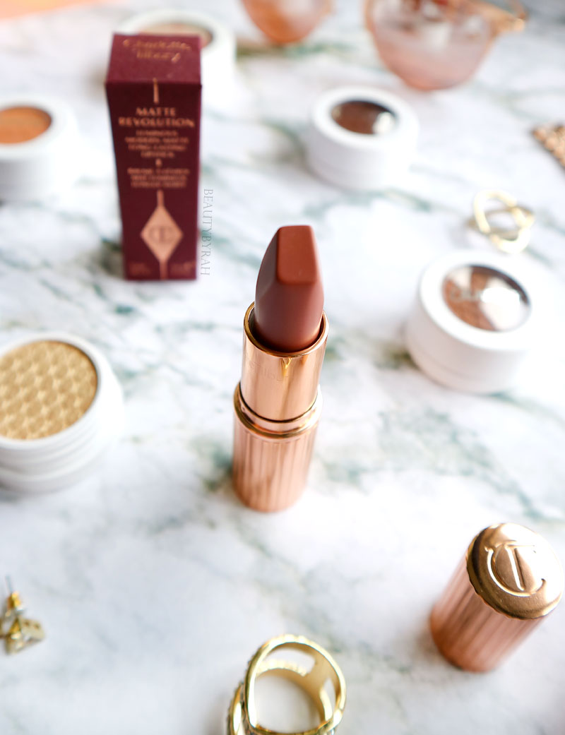 Charlotte Tilbury Lipstick in Very Victoria