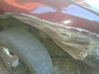 Acidente de carro na estrada que liga Mairi ao povoado de Bonsucesso