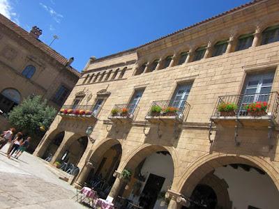 Casa de Encomienda and Casa Consistorial of Teruel