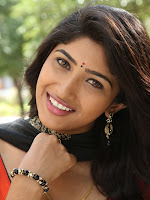 Roshini Prakash Photoshoot-cover-photo