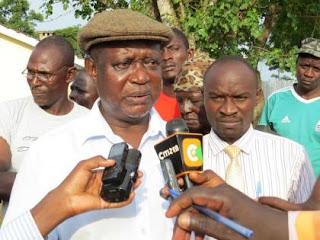 Oburu Odinga addresses jounalists in Bondo town. PHOTO | Courtesy