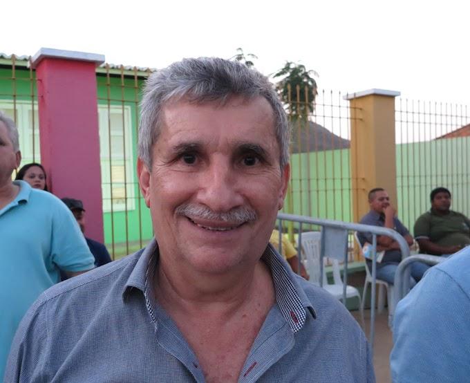 Prefeito de Santana do Acaraú se apresenta à polícia após sete dias foragido