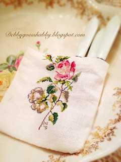 Embrodiery utensil holder
