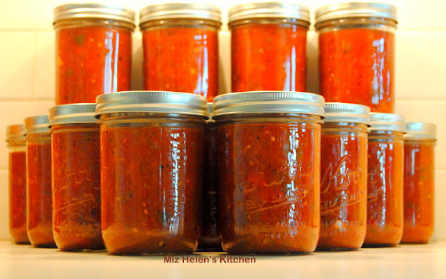 Garden to Table Canned Salsa at Miz Helen's Country Cottage