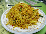 GOODNESS! - LET'S ALL HAVE SOME HONG KONG SINGAPORE RICE NOODLES!
