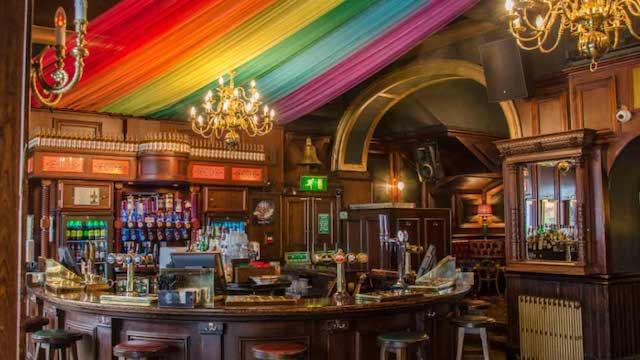 Bar G-A-Y em Londres