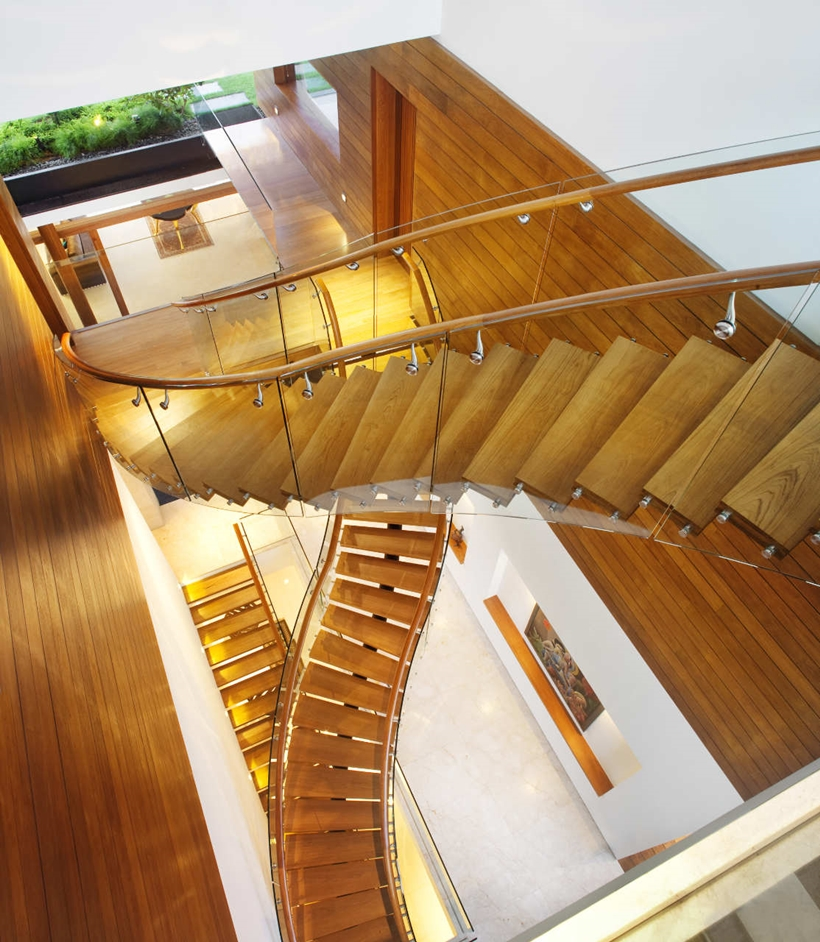 Stairs in Amazing home with impressive green roof, Singapore