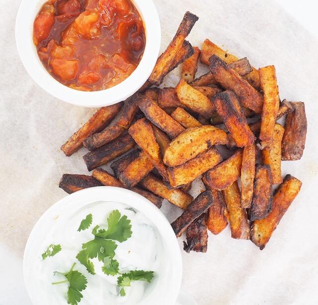 Smoky Paprika Chips with Chilli Chutney and Cilantro & Garlic Dip