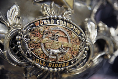 Sports online watch professional bull riders madison - Bull riding madison square garden ...