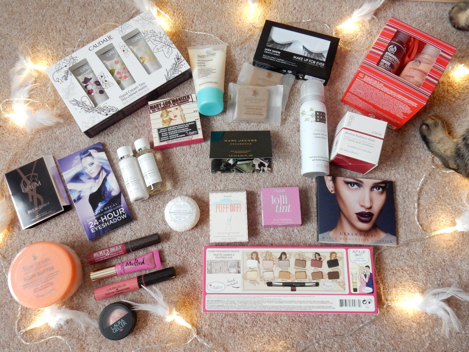 Fashion and makeup giveaway