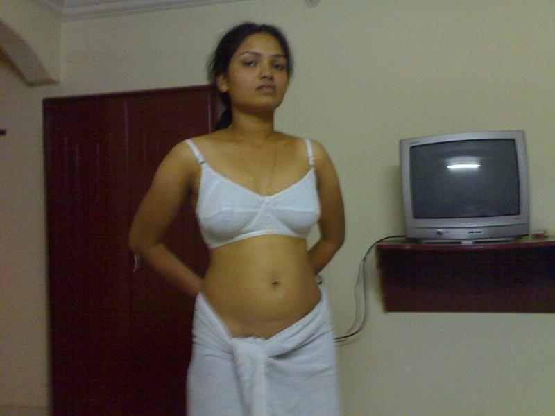 Kareena nude with penis