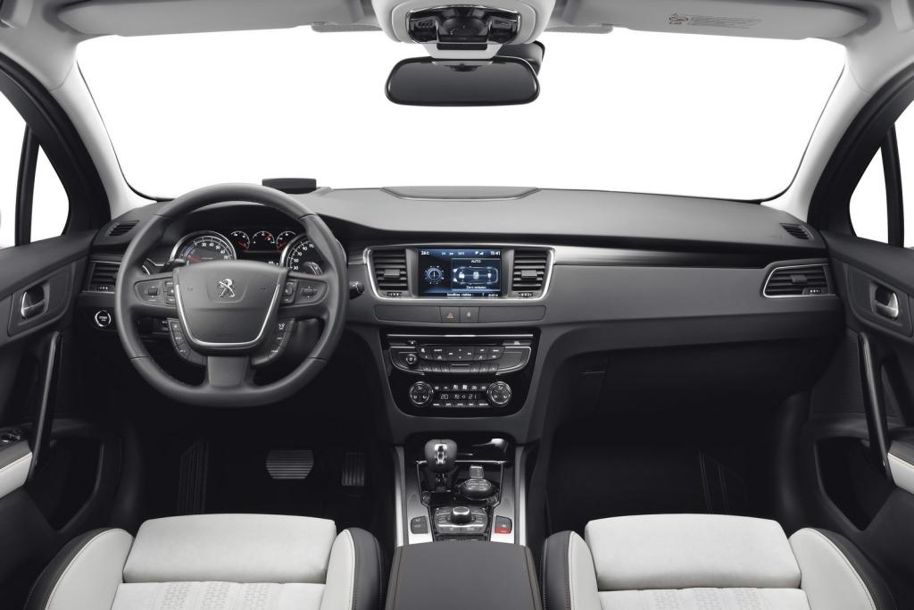 cockpit autom vel conte dos auto ensaio peugeot 508 rxh hybrid4 sw. Black Bedroom Furniture Sets. Home Design Ideas