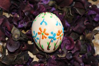 Veľkonočné vajíčka - maľovanie voskom časť 3)