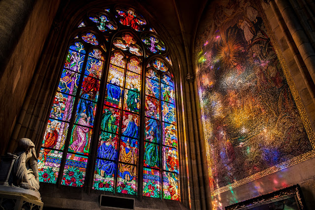 Vitral :: Canon EOS5D MkIII | ISO400 | Canon 17-40@22mm | f/5.6 | 1/20s