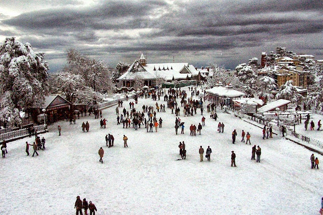 Kullu-manali is one of the topmost tourist places in Himachal Pradesh
