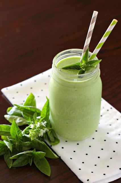 basil honeydew smoothie