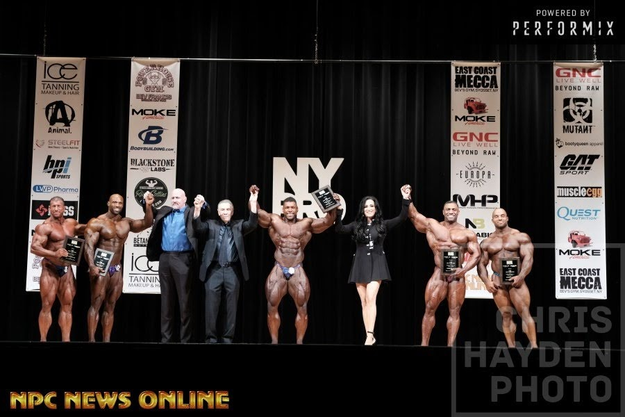 Pódio da categoria Men's Bodybuilding do IFBB New York Pro 2018. Foto: Chris Hayden