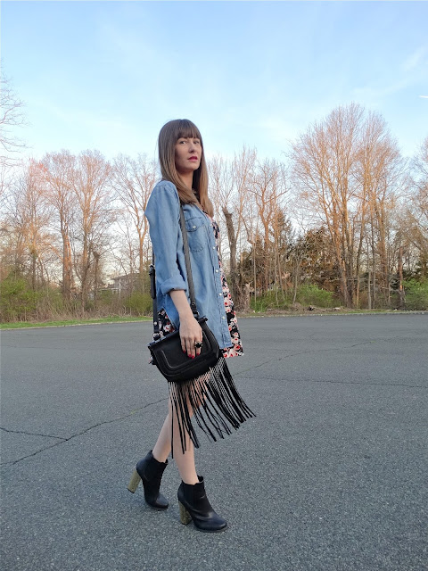 Coachella-inspired style: Fringe crossbody bags and babydoll dresses | www.houseofjeffers.com