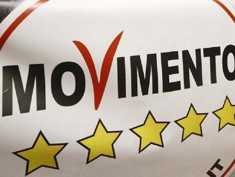 Lavoro per giovani movimento 5 stelle assume risorse per for Parlamentari 5 stelle elenco